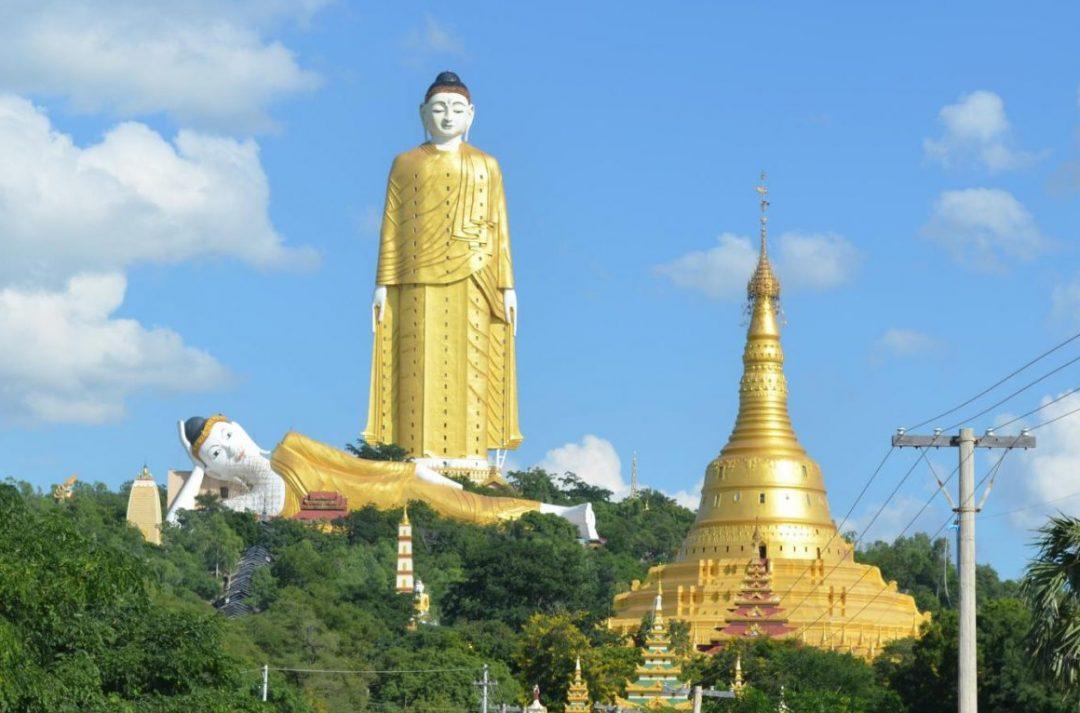 Die Riesenbuddhas von Monywa