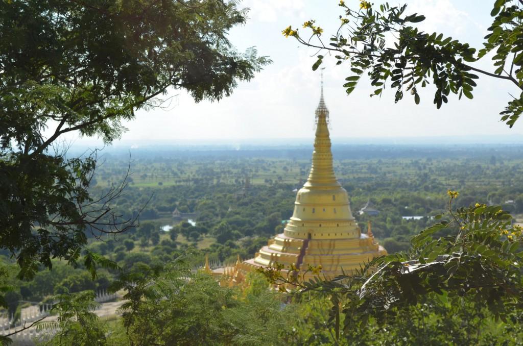 Aung Setkya Pagode in Monywa: Natürlich in Gold.