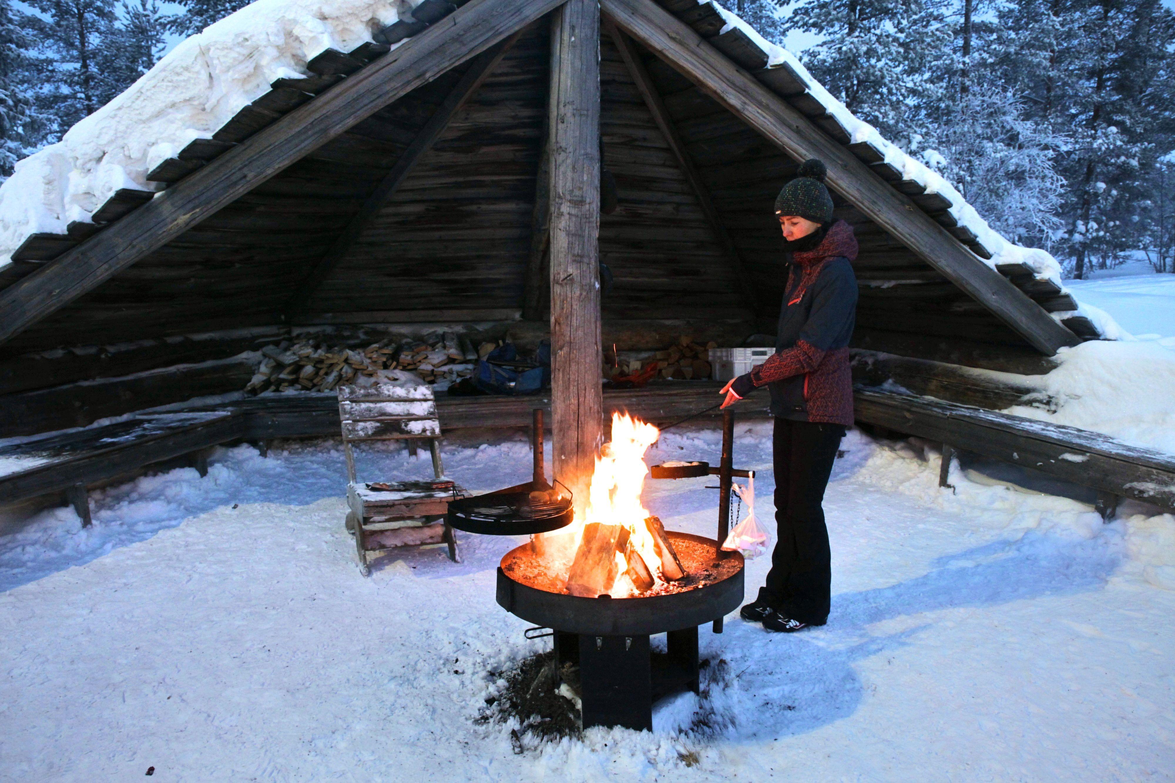 Aprés Ski mal anders: Statt Schnaps und Kaiserschmarren gibt's Lagerfeuer und Marshmallows!