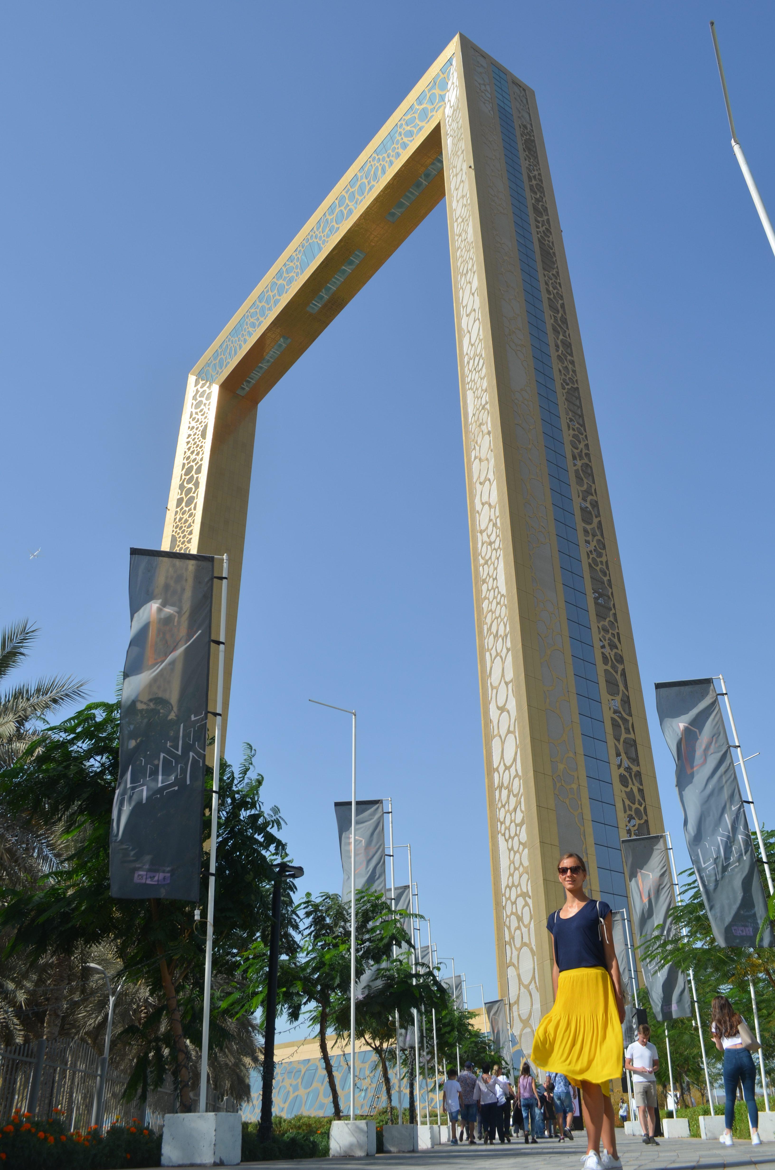 Eine recht neue Sehenswürdigkeit in Dubai ist der Dubai Frame mit seiner fantastischen Aussicht.