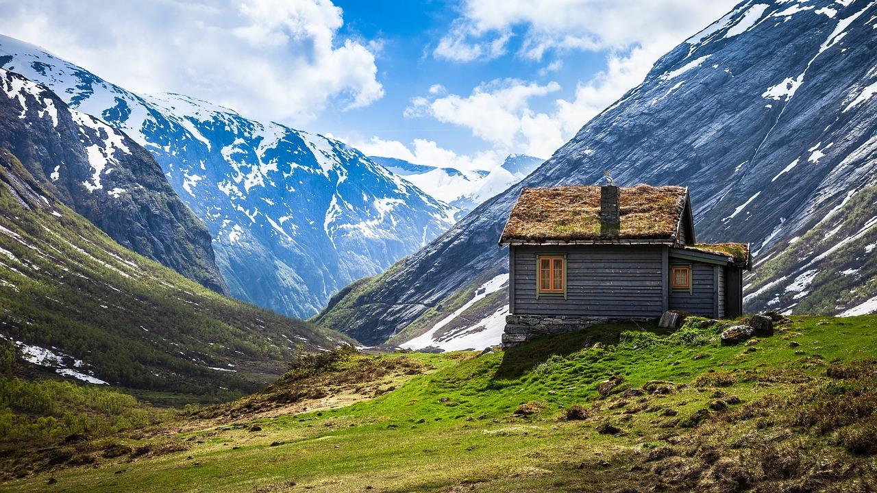 Idyllischer Urlaub in der Natur? Am besten mietest du eine Ferienwohnung fernab von den touristischen Hochburgen.